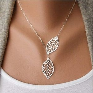 Jewelry - Silver Double Leaf Layer Necklace